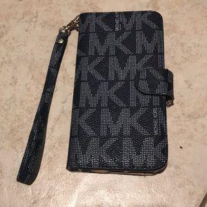 Michael Kors phone case/wristlet
